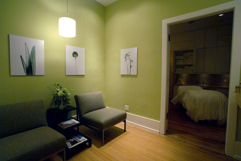 Waiting area, and entrance to treatment room.